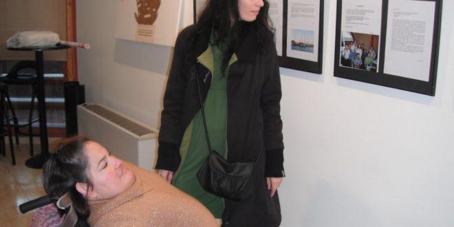 Marga con su asistente personal