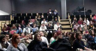 Participantes en la charla