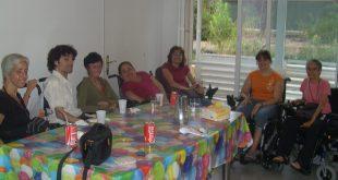 Miembros de la OVI de Barcelona en una actividad lúdica